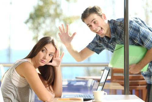 10 Hábitos irritantes que podem matar seu relacionamento